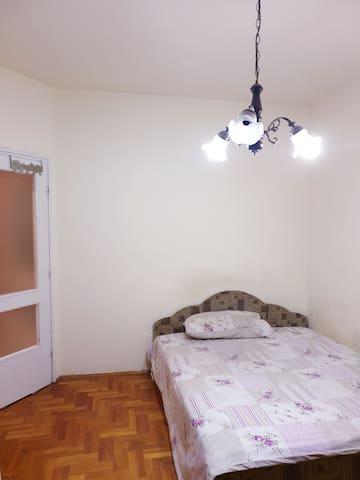 Cosy Private room near the University