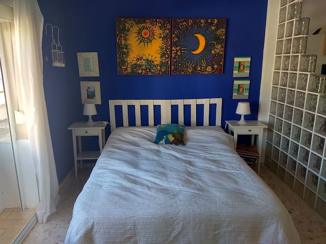 Apartamento, estudio,con Aire acondicionado.oferta