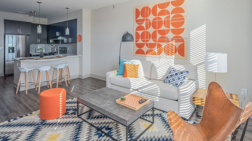 Luxury 1BR | North Scottsdale #4451 by WanderJaunt