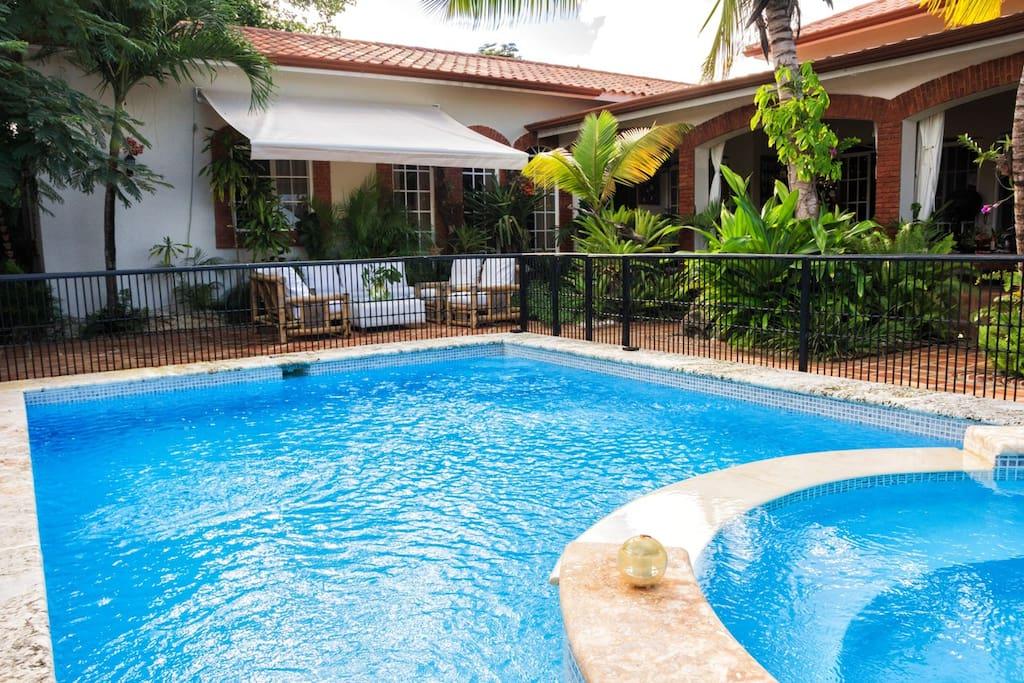 Villa jade deluxe punta cana villas for rent in punta for Villas en punta cana