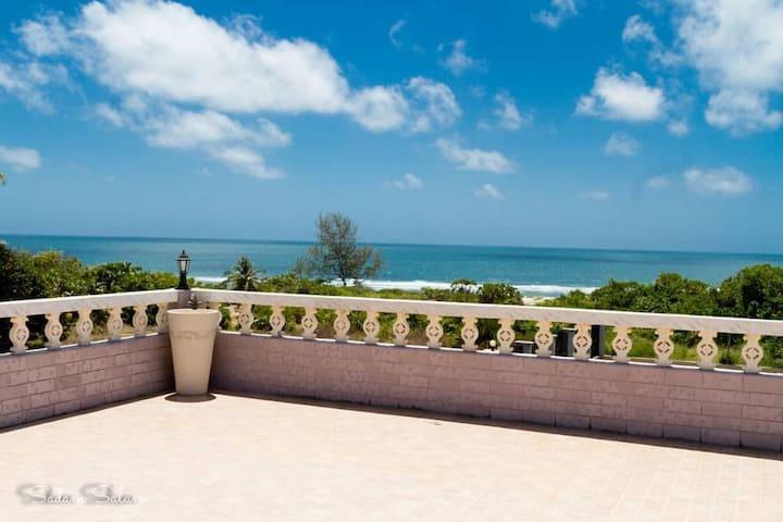 Kichangani beach house
