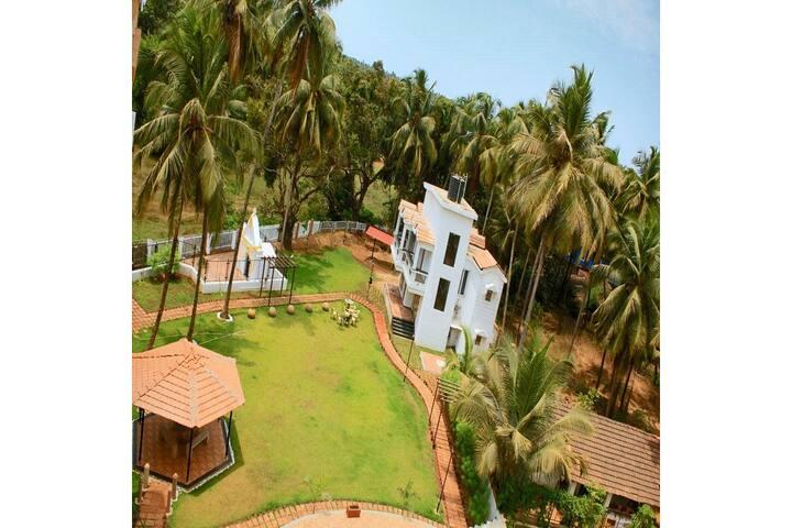 Premium 2 BHK Apartment Near Baga Beach