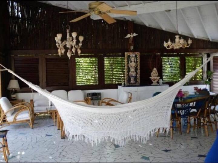 Espectacular cabaña en la isla de Baru