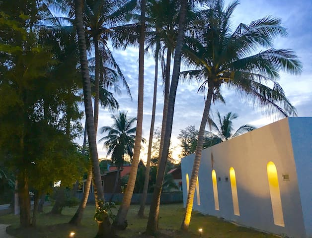 Sense of Yanui Room 7 - Phuket - Lägenhet
