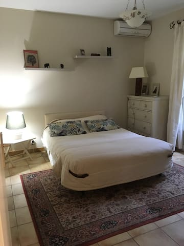 chambre 3, lit en 140