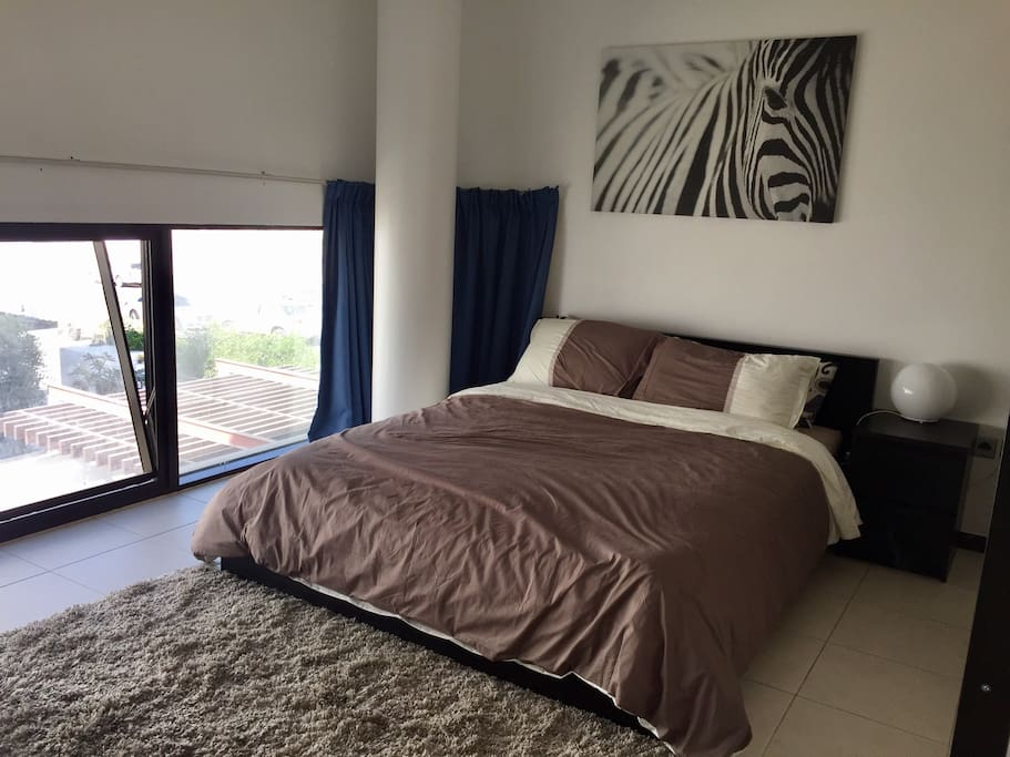 Huge Master Bedroom In A Big Villa Houses For Rent In Dubai Dubai United Arab Emirates