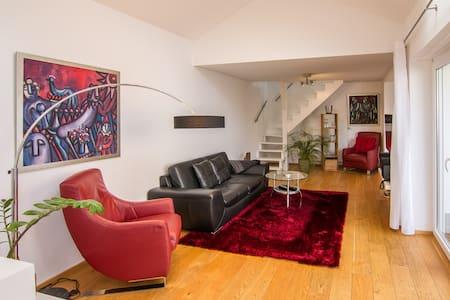 top 20 ferienwohnungen in bad neuenahr ahrweiler ferienh user unterk nfte apartments. Black Bedroom Furniture Sets. Home Design Ideas