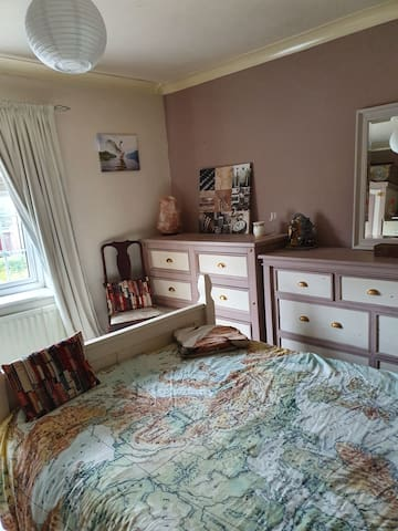 SINGLE ROOM REDCAR, Close to Town, Seafront,Trains