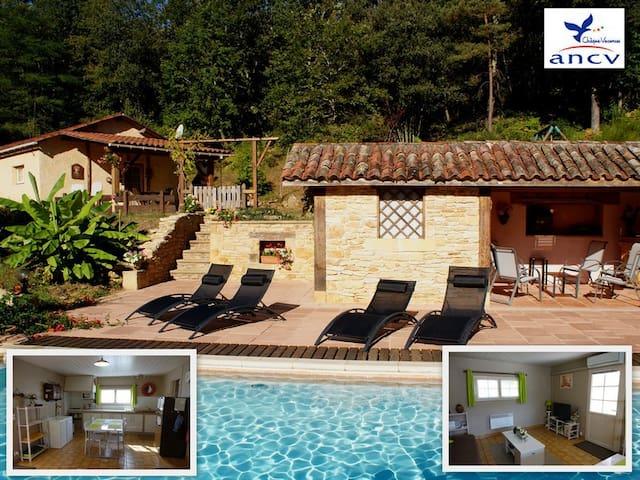 Gîte 2 pers. + bébé, piscine, près de Sarlat - Calviac-en-Périgord - Rumah tumpangan alam semula jadi