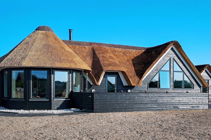 Spacious Cottage in Ringkobing Jutland with Swimming Pool