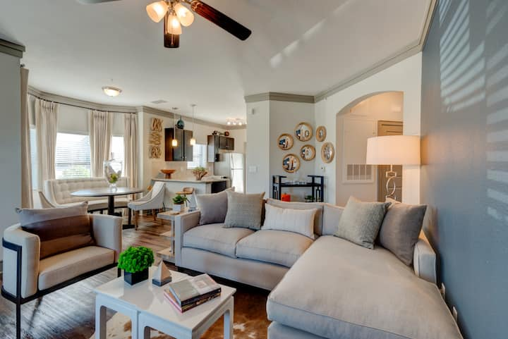 Homey place just for you | 2BR in Katy