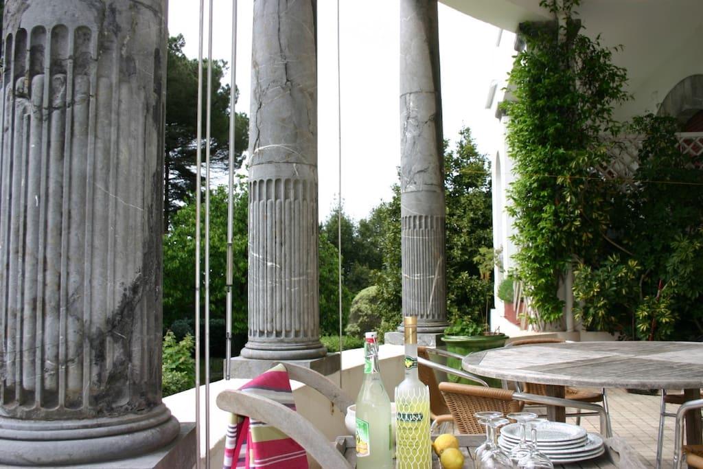 La terrasse privative de 50 m² au sud ouest