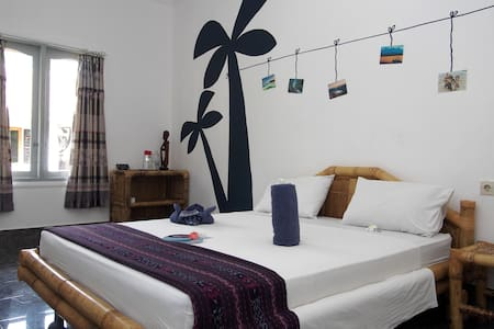 Queen Sized Comfort Room - Kuta