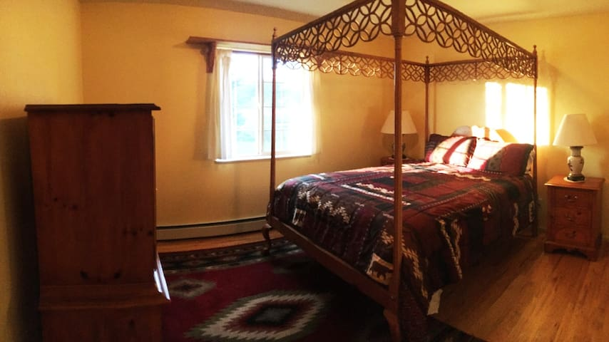 Private Bedroom #2