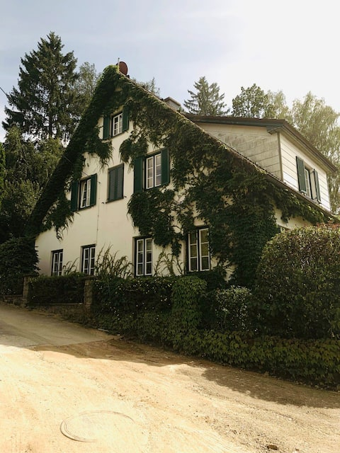 Idylisches Ferien-Haus direkt am Waldrand gelegen!