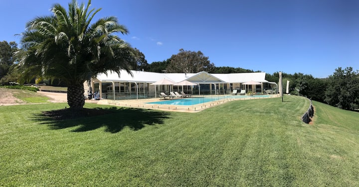 Bayfield - Palm Springs Pool; Bay Views; Mt Martha