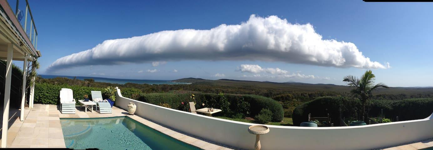 Amazing cloud roll.