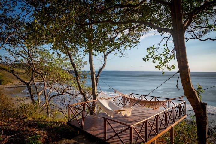 Villa Pinolera- Ocean front at Playa Maderas
