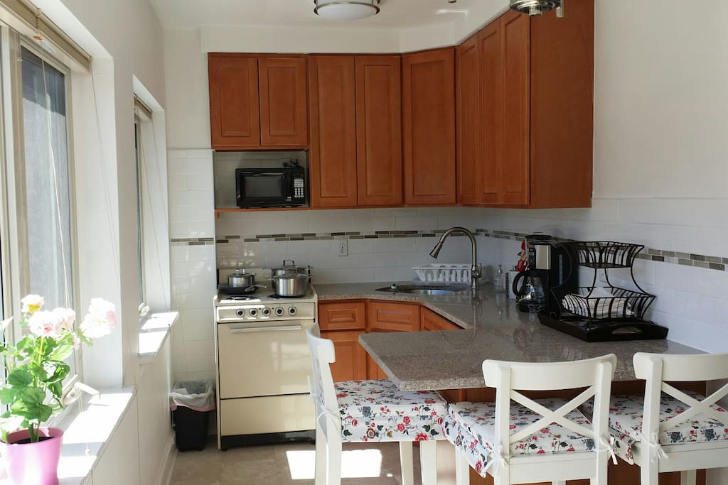 New kitchen with all new appliances except stove which works fine.