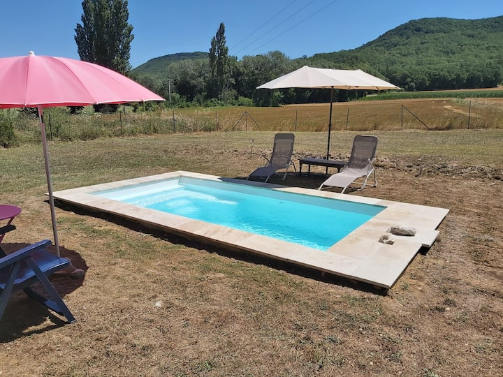 Villa climatisée avec piscine et grand jardin