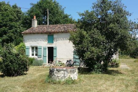 Le gîte rural de Rillé - Montmorillon - Ev