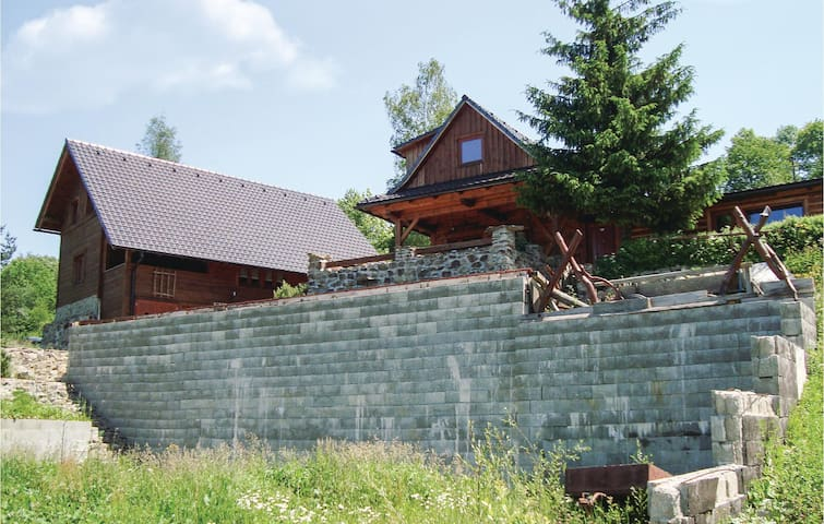 Holiday cottage with 3 bedrooms on 199 m² in Zakopcie