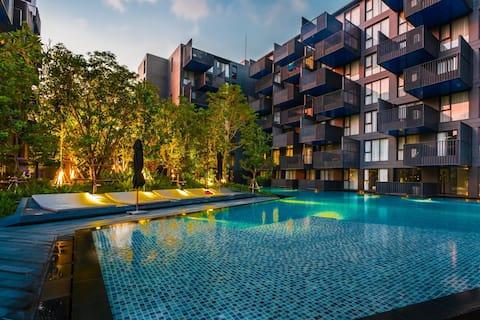 Μεγάλο διαμέρισμα στην καρδιά του Patong, 2 πισίνες & γυμναστήριο