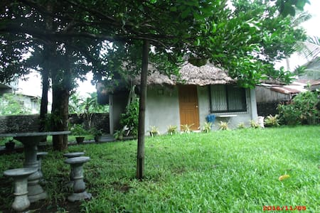 Tabaco city Mayon family friendly cabin/cottage - Tabaco City - Cabaña