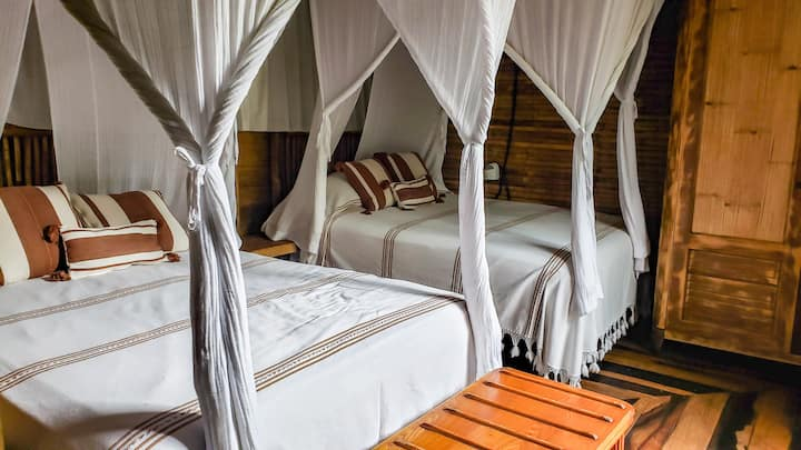 ❤ Eco Bungalow, Treetop House, Beach Club Access ❤