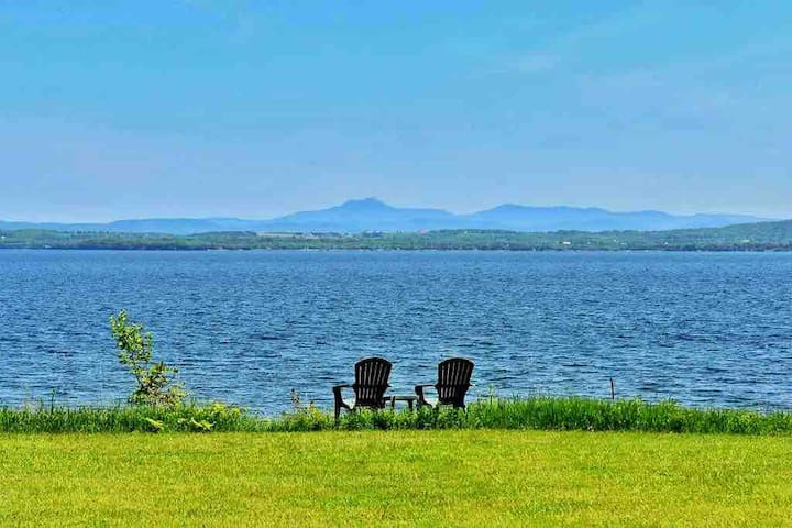 ADK Oasis offers breathtaking views, and complete privacy (no neighbors in sight). It also offers 200 feet of private beach.