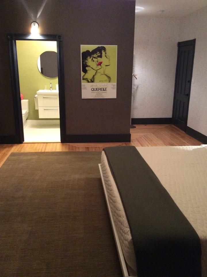 The Nash  Room #5