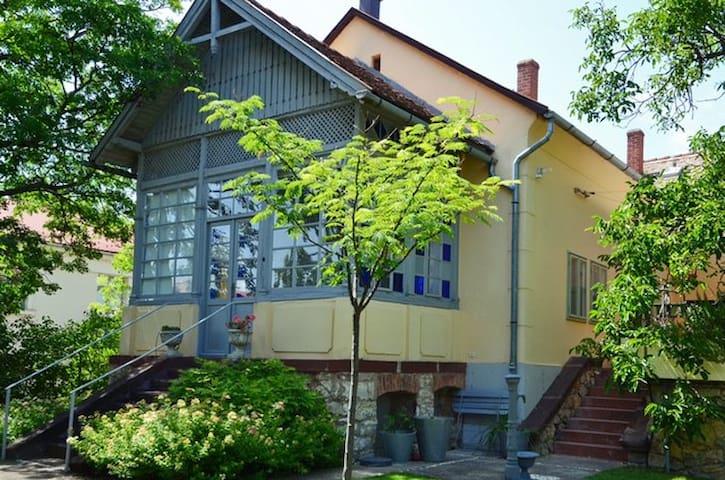 Villa Veranda - heart of Balaton - Balatonfüred - Casa