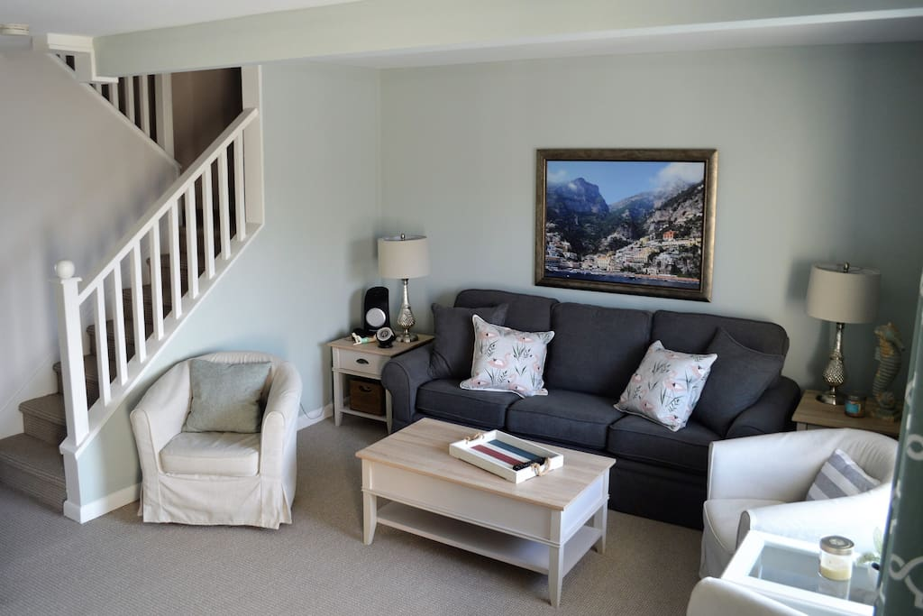Comfortable living room with ample seating