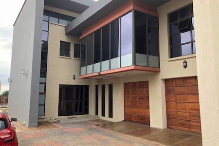 Sabena Kgale Villa 1