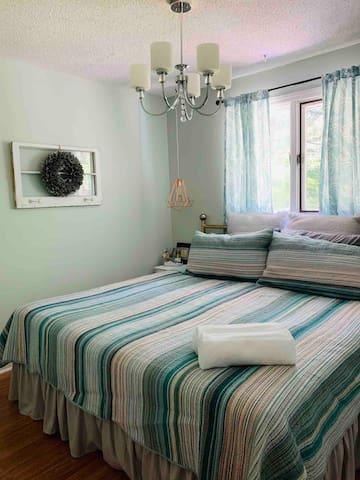 Cozy king guest bedroom