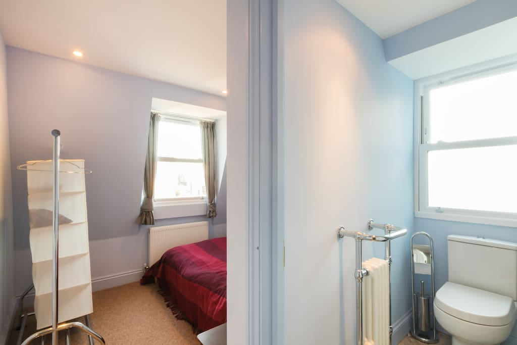 Bedroom & ensuite.