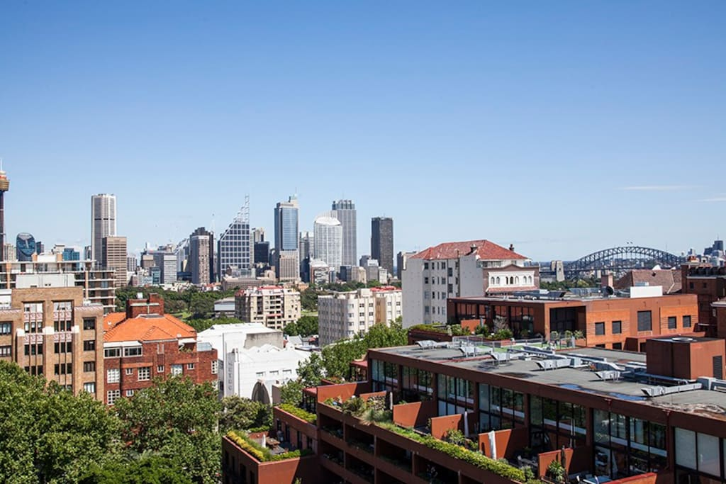 The City and Harbour Bridge Views from Double Balconies