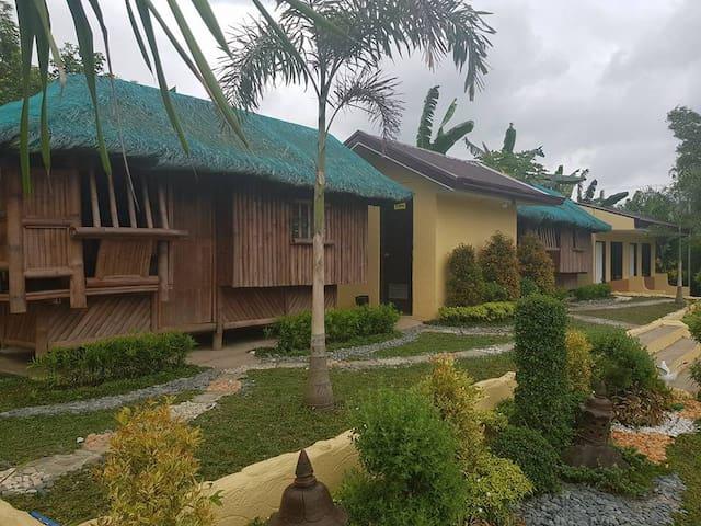 Nipa Hut 2 (Casa Reyes Resort & Events Place)