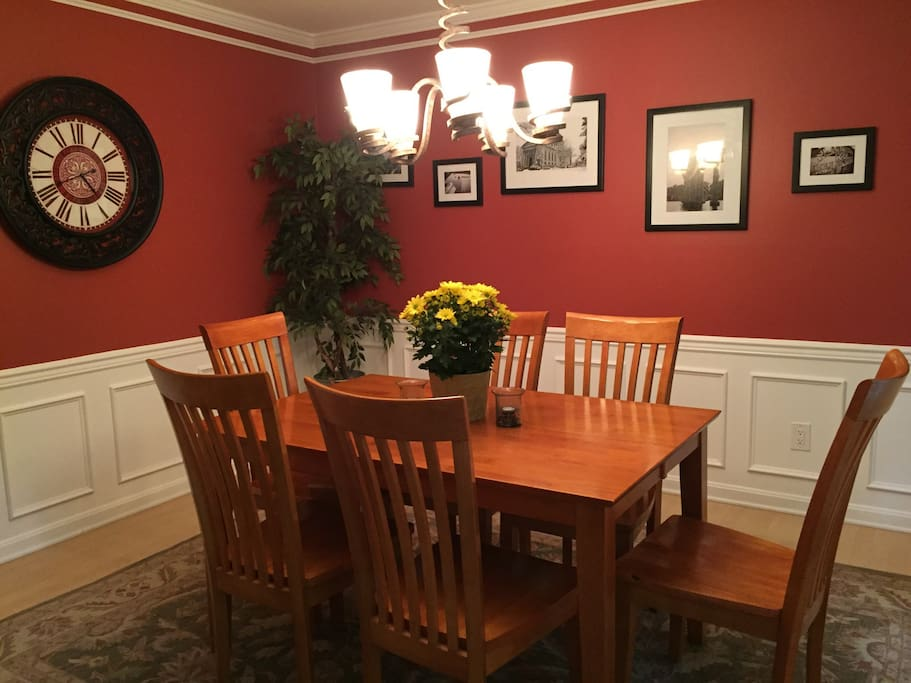 Dining room- table expands to seat 10