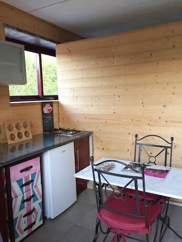Cottage romantique - Crèvecœur-sur-l'Escaut - House