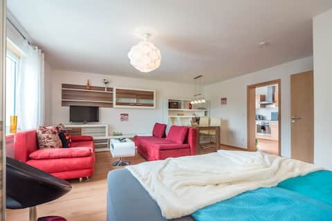 """Comfy fully equipped App """"Terra"""" close to airport"""