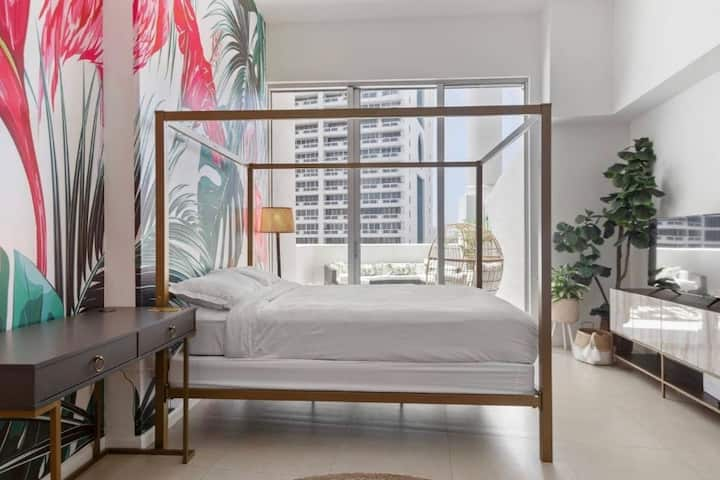 Tropical studio in the heart of Miami -coming soon