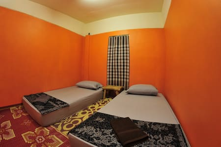 Double room, shared bathroom N1 @FULL MOON - Ko Pha-ngan - 独立屋