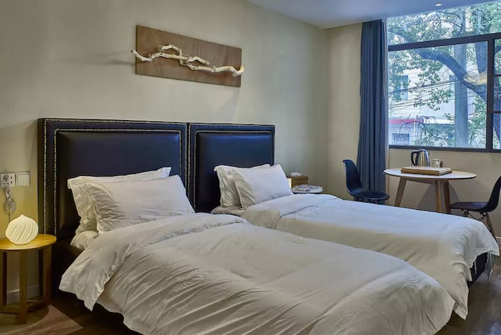 麓墅B02--您远方的家 近地铁二号线,临麓山风景区的特色民宿精品酒店 - Changsha - Bed & Breakfast