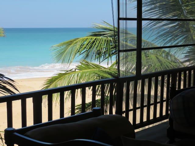 Sunset Reef Beach Villa