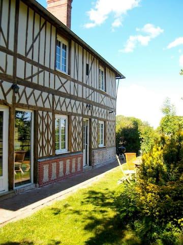 La cerisaie, maison Normande, calme - Boissy-Lamberville - บ้าน
