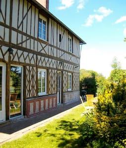 La cerisaie, maison Normande, calme - Boissy-Lamberville - Hus