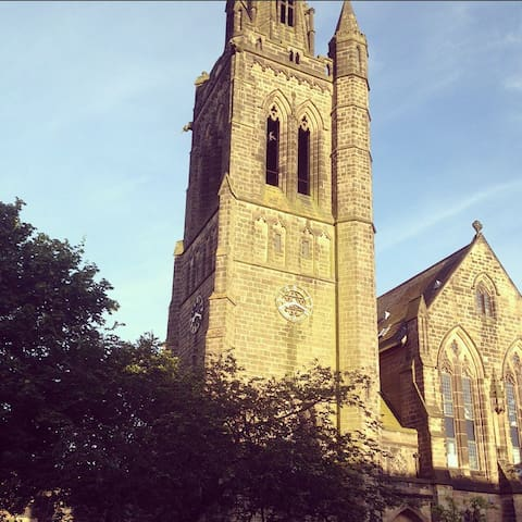 Unique Apartment Church Clock Tower - Harrogate  - Leilighet