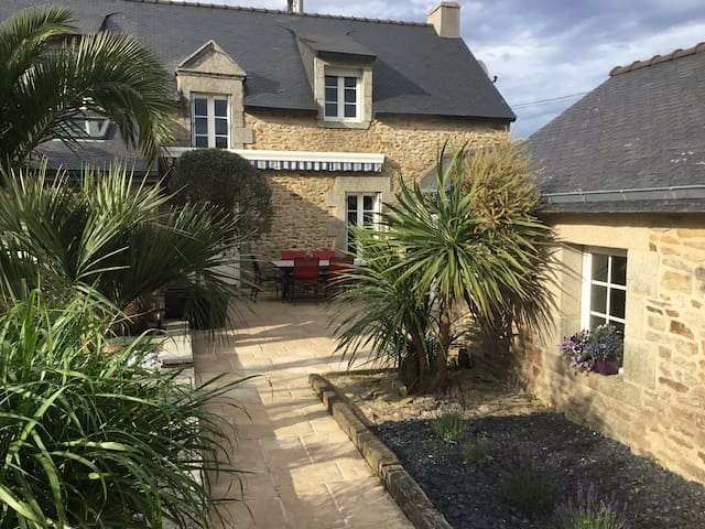 TY ELISTHER - Charming house in Saint-Colombier