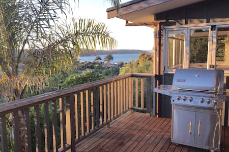 Lovely Sea Views, Waiheke Island - Auckland - Dom